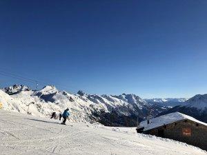 Perfekte_Schneebedingungen_am_Arlberg_Sport_Matt_SKIVERLEIH 06