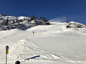 Perfekte_Schneebedingungen_am_Arlberg_Sport_Matt_SKIVERLEIH 10