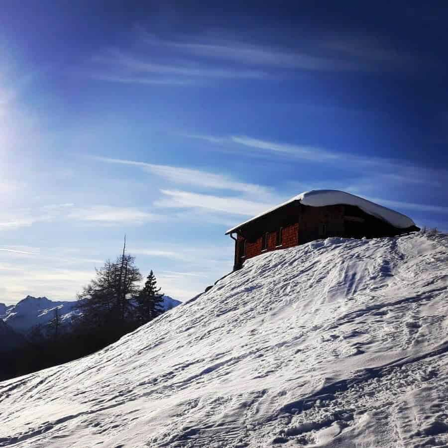 Sport_Matt_Skiverleih_Arlberg_Skitag_Almhütte